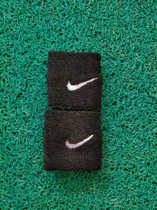 wristband-nike-hitam-225x300 Wristband Nike Hitam