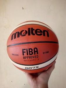Bola Basket Molten GG7X Replika