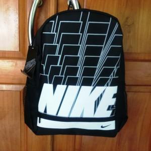 Tas Ransel Nike Brick