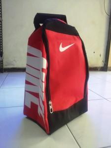 tas-sepatu-nike-polos-6-225x300 Tas Sepatu Nike Polos