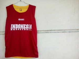 jersey-basket-indonesia-maroon-kuning-14-300x225 Jersey Basket Indonesia Maroon Kuning