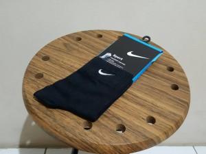 kaos-kaki-nike-hitam-medium-300x225 Kaoskaki Nike Hitam Medium