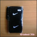 Wristband Nike Hitam