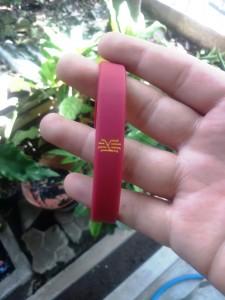 gelang-kyrie-irving-merah-225x300 Gelang Kyrie Irving Merah