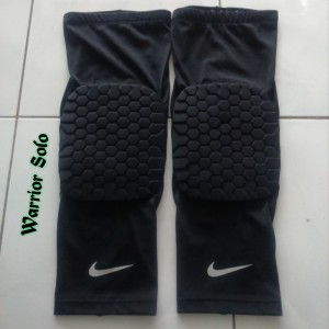leg-sleeve-pad-hitam-6-300x300 Leg Sleeve Pad Hitam