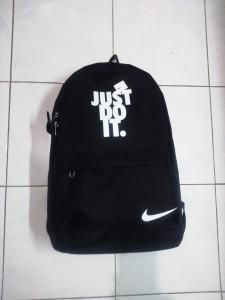 tas-daypack-just-do-it-hitam-putih-2-225x300 Tas Daypack Just Do It Hitam Putih