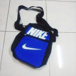 Tas Selempang Nike Biru