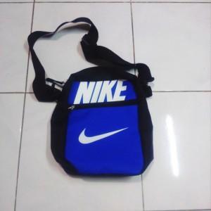 tas-selempang-nike-biru-2-300x300 Tas Selempang Nike Biru