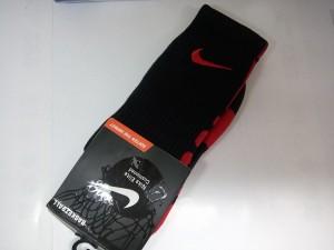 kaos-kaki-nike-elite-hitam-merah-4-300x225 Kaos Kaki Nike Elite Hitam Merah