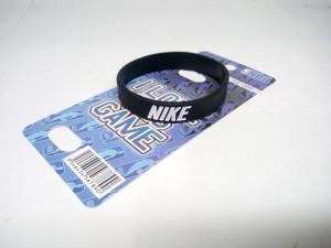 Gelang Nike Hitam Putih