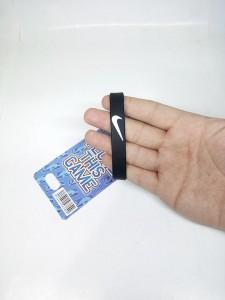 gelang-nike-hitam-putih-8-225x300 Gelang Nike Hitam Putih