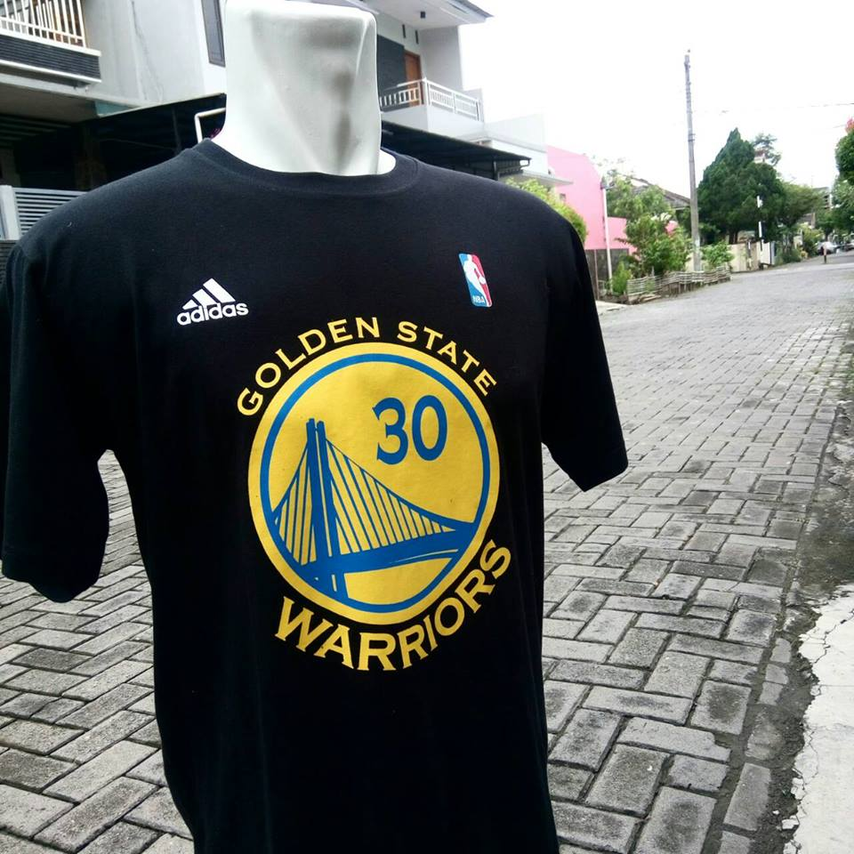 huge discount 07996 47dea Kaos Basket Golden State Warrior Hitam - Warrior Solo Toko ...