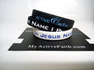 gelang-jesus-name-i-play-hitam-biru-4-300x225 Gelang Jesus Name I Play Hitam Biru