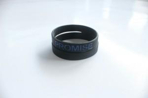 I-Promise-Hitam-Biru-2-300x200 Gelang I Promise Hitam Biru