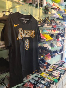 Kaos Basket Lakers Bryant Hitam