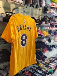 Kaos-Basket-Lakers-Bryant-Kuning-8-1-225x300 Kaos Basket Lakers Bryant Kuning 8