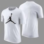 Kaos Bakset Logo Jordan Putih