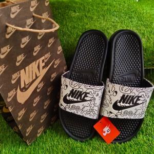 Sandal Slide Basket Nike Putih Hitam